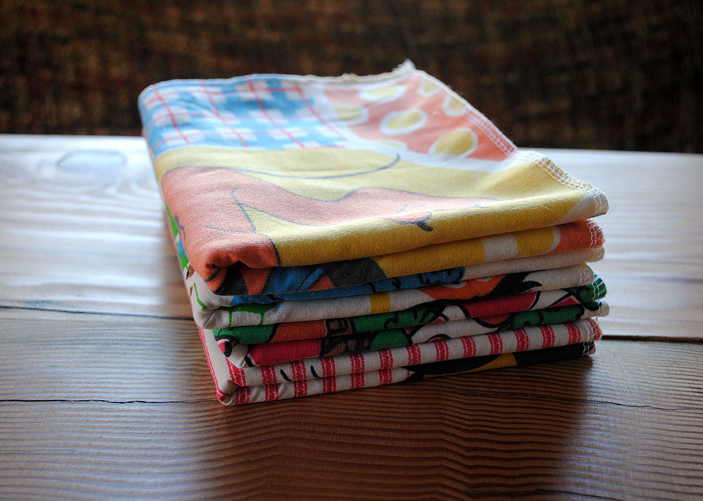Vintage fabric burp cloth set – Easy Craft and Sew